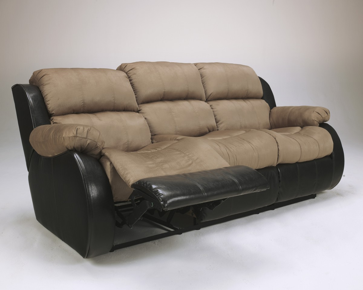 3150188 Ashley Presley Reclining Sofa Cocoa Knie Appliance And Tv Inc