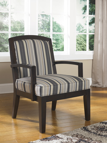 AshleyYvetteShowood Accent Chair