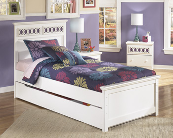 Signature Design by Ashley®ZayleyTrundle Under Bed Storage