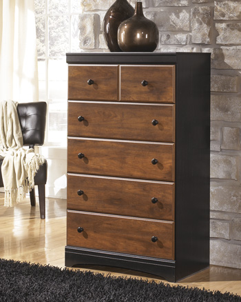 Signature Design by Ashley®AimwellFive Drawer Chest