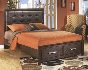 Signature by AshleyQueen Panel Storage Footboard