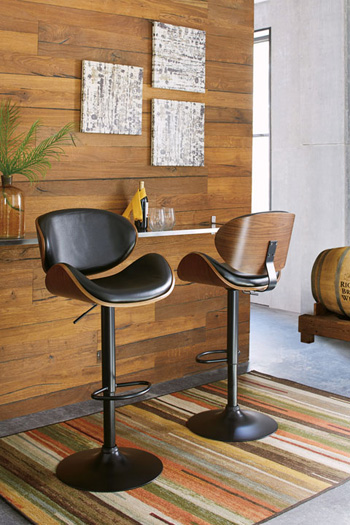 Signature Design by Ashley®Adjustable Height BarstooTall UPH Swivel Barstool(1/CN)