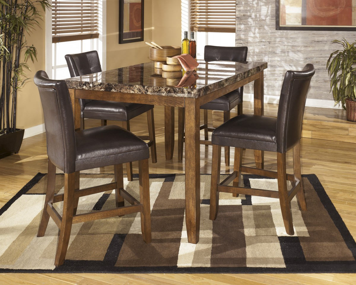 D328 32 Signature Design By Ashley Lacey Lacey Medium Brown