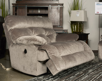 1770196 Ashley Brassville Double Reclining Power Loveseat