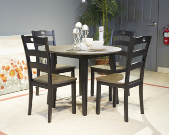 Signature Design by Ashley®FroshburgDining Room Side Chair (2/CN)