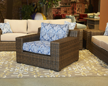 Signature Design by Ashley®Alta GrandeLounge Chair with Cushion (1/CN)