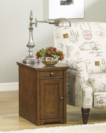 Signature by AshleyLaflornChair Side End Table