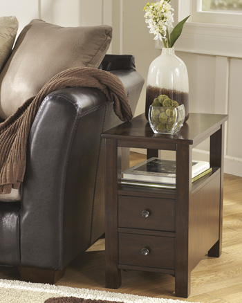 Signature by AshleyMarionChair Side End Table