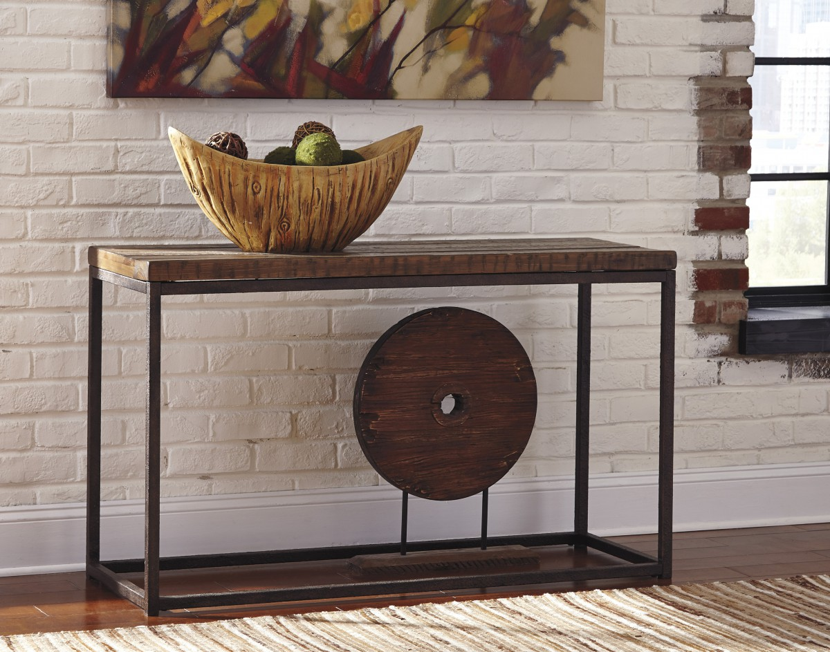 T792 4 Signature Design By Ashley Farriner Farriner Warm Brown